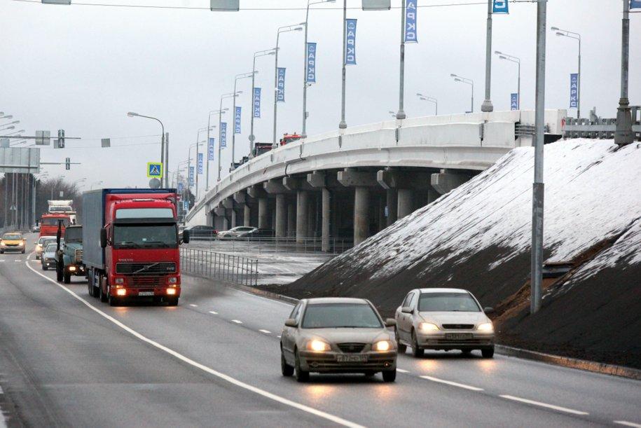 В Москве с начала года построено более 120 км дорог