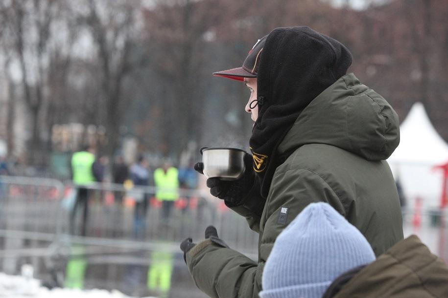 Более 670 литров горячего чая раздали сотрудники метро на «зеленой» ветке