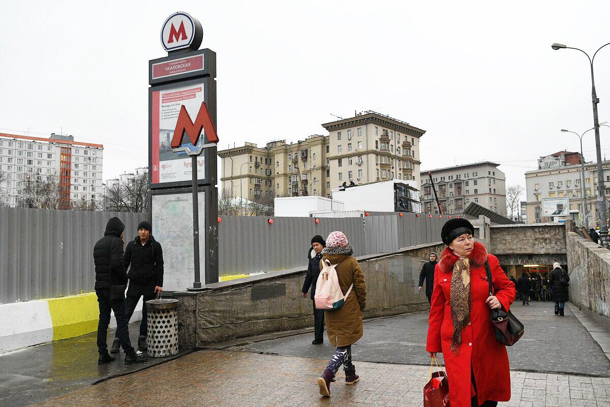 Московский метрополитен планирует раздавать маски в сезон гриппа