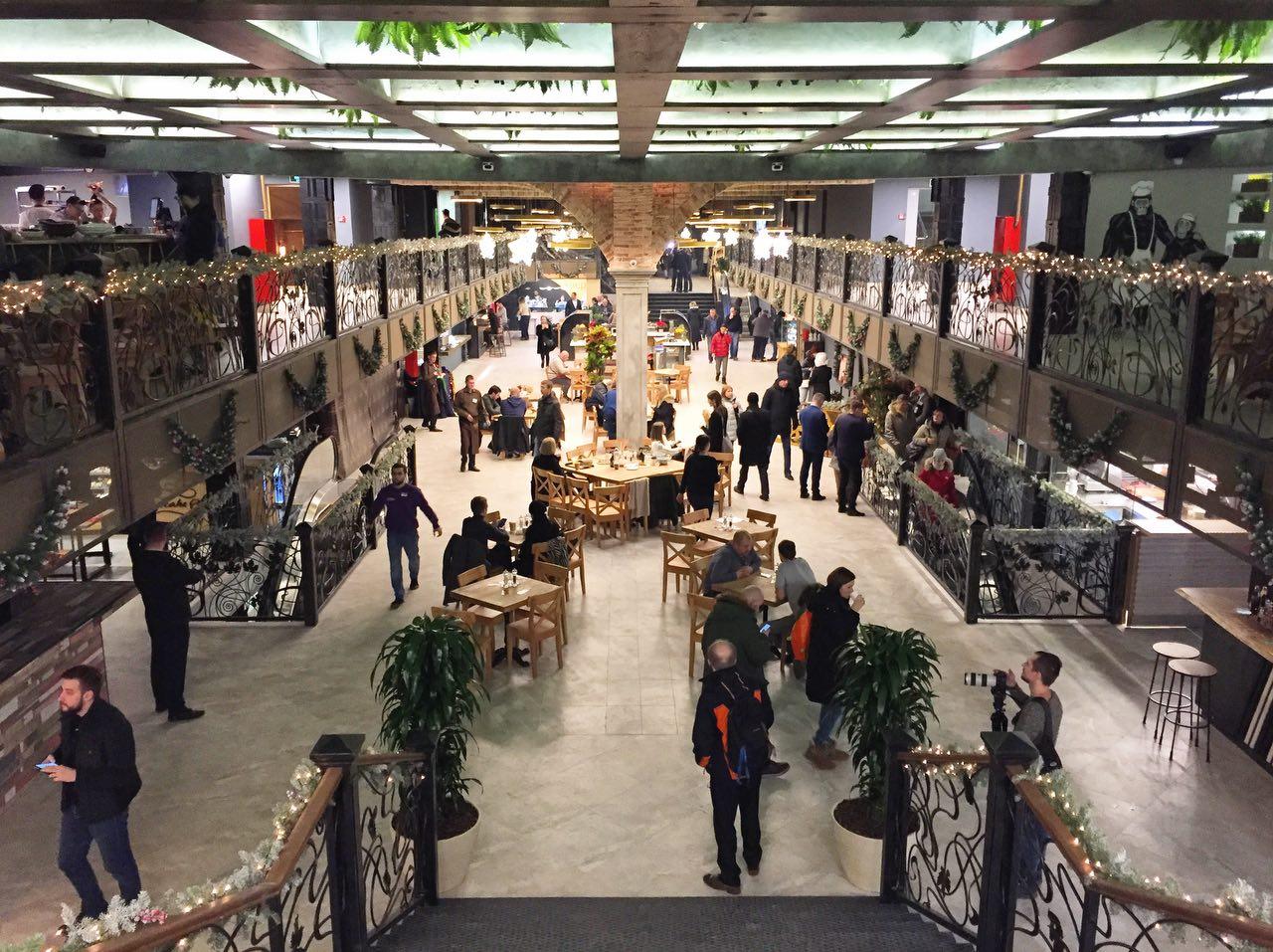 На Рождественском бульваре открылся рынок