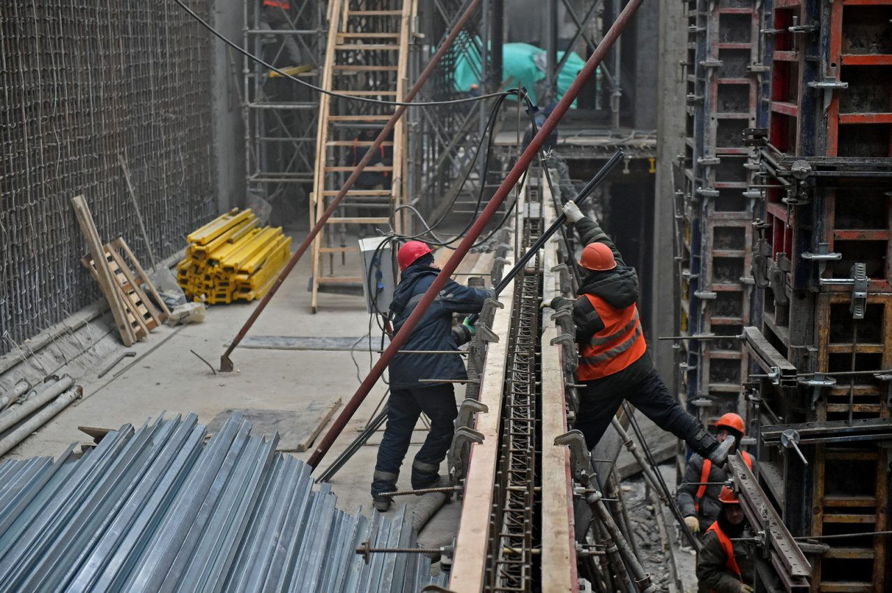 Правый перегонный тоннель «розовой» ветки метро построят за неделю