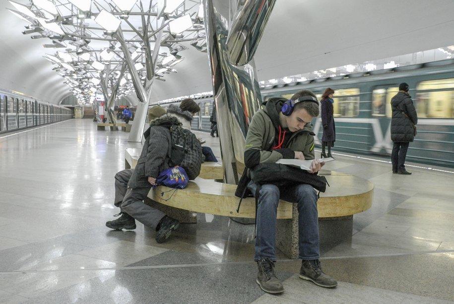 На Сокольнической линии метро запустили 8-вагонные поезда