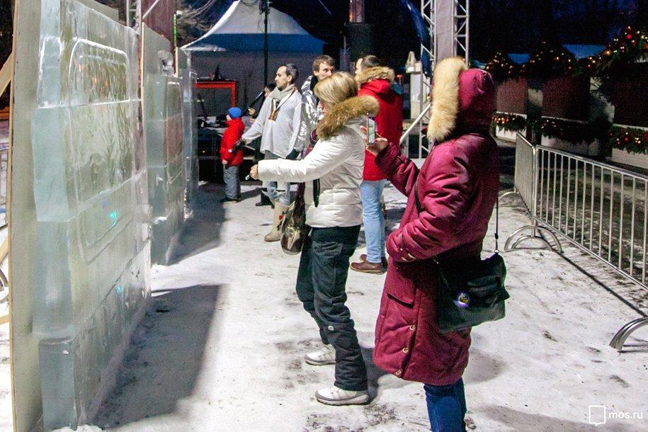 5 ледяных плит для рисования светом появились впарке «Сокольники»