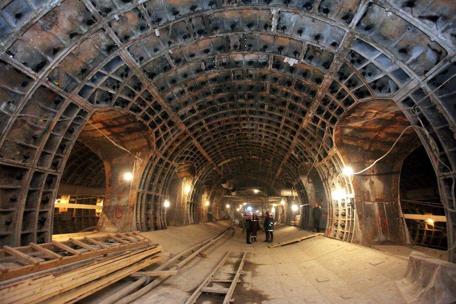 Мэр Москвы проинспектировал ход строительства станции метро «Нижняя Масловка»