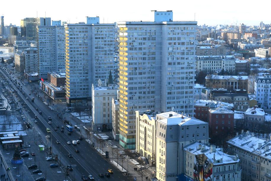 В 2018 году в столичных многоэтажках заменят 2,6 тыс лифтов