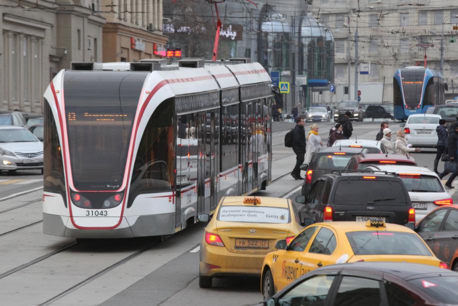 Четыре новых трамвая «Витязь-М» вышли на маршрут «Новоконная площадь — Нагатино»