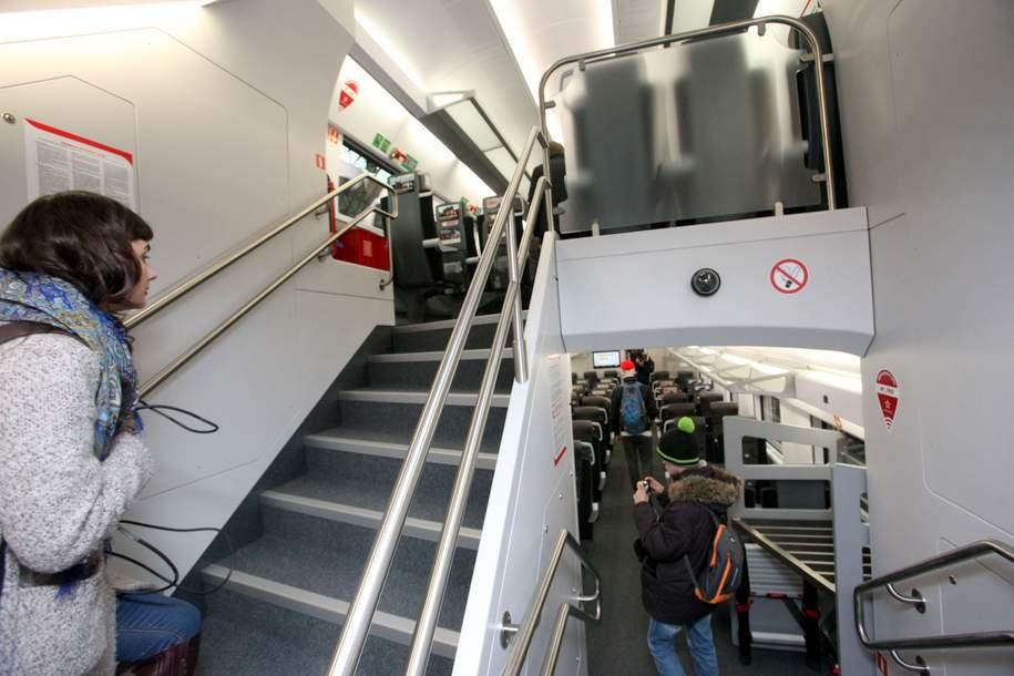 Двухэтажные поезда «Аэроэкспресса» перевезли 845 тысяч пассажиров