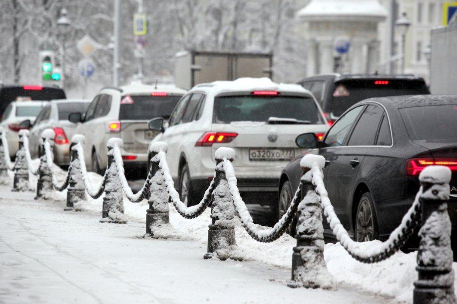 Плата за парковку в Москве не будет отменена из-за снегопада