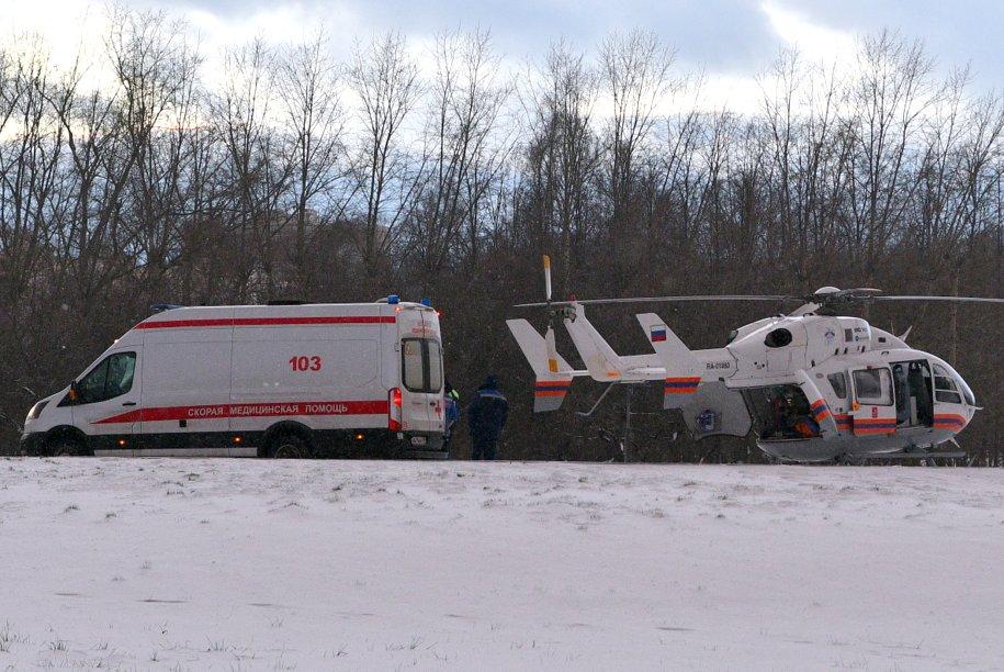 Пострадавшего при пожаре на северо-востоке Москвы эвакуировал вертолет