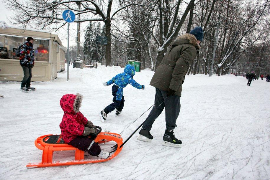 За мартовские праздники высота сугробов в Москве может вырасти на 10 сантиметров