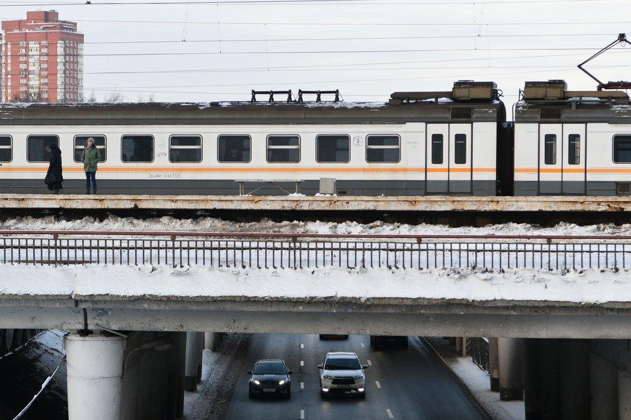 На курском направлении МЖД задерживаются ряд поездов