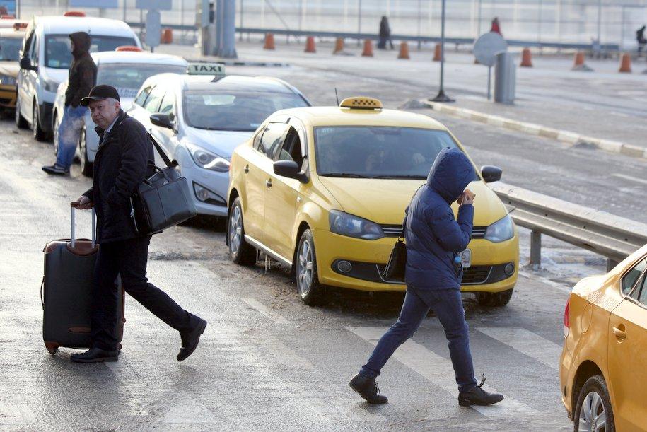 На Варшавском шоссе произошло ДТП с двумя грузовиками