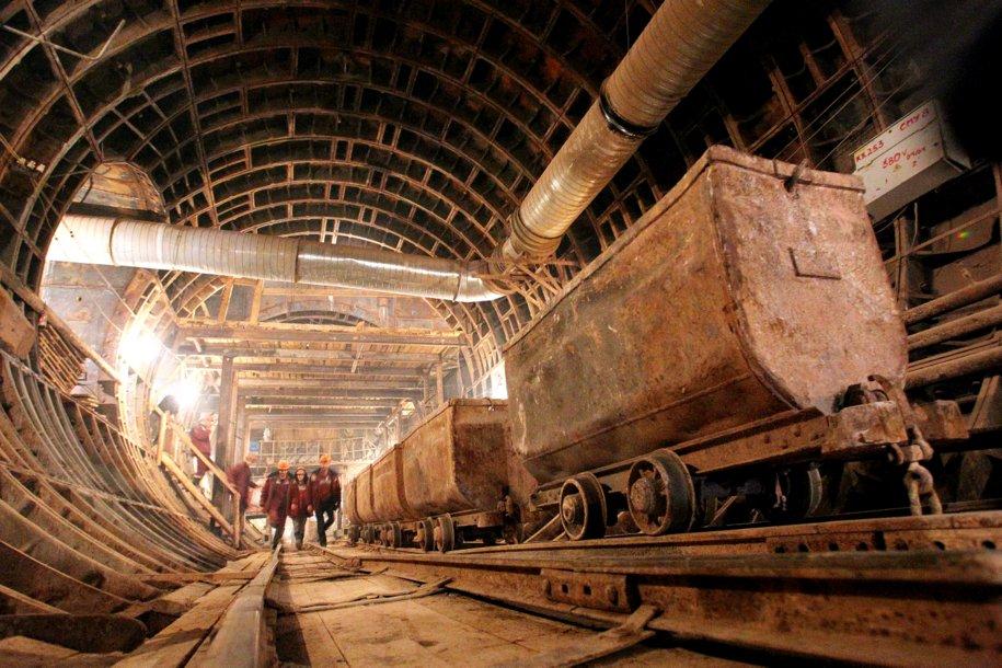К 2021 году построят 55 станций метро
