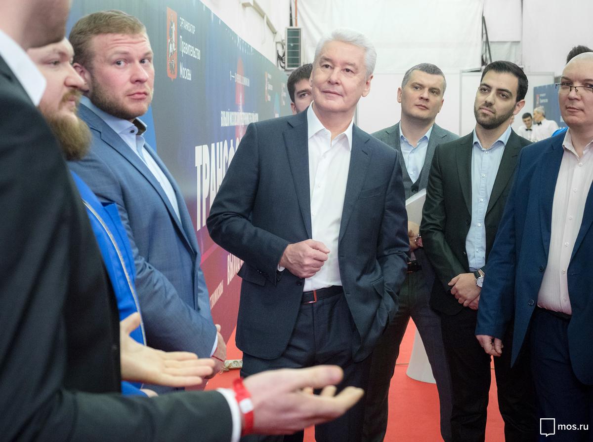 Мэр Москвы поздравил фигуристок Загитову и Медведеву с золотой и серебряной медалями на Олимпиаде
