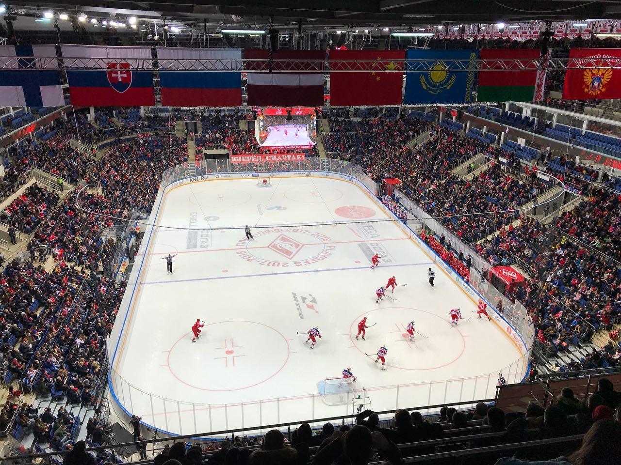 Хоккейный ЦСКА обыграл московский «Спартак» и вышел в четвертьфинал Кубка Гагарина