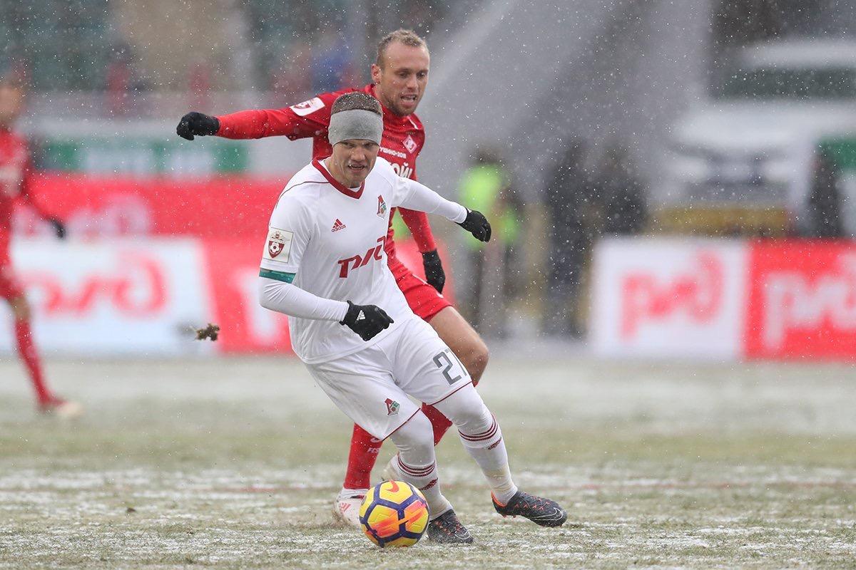 «Локомотив» и «Спартак» не забили голов в снежном дерби