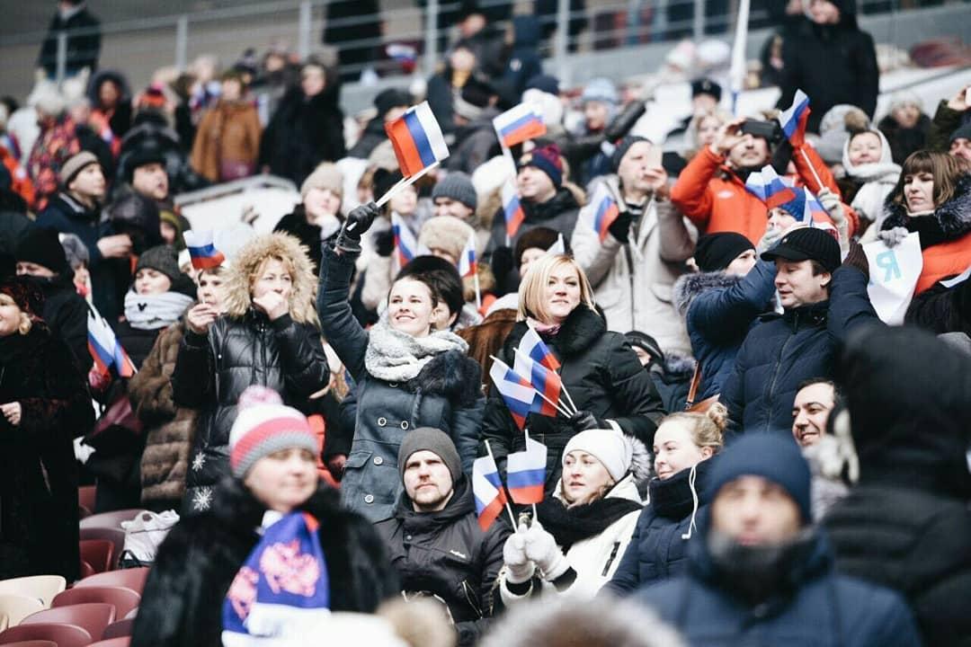 В «Лужниках» проходит митинг «За сильную Россию»