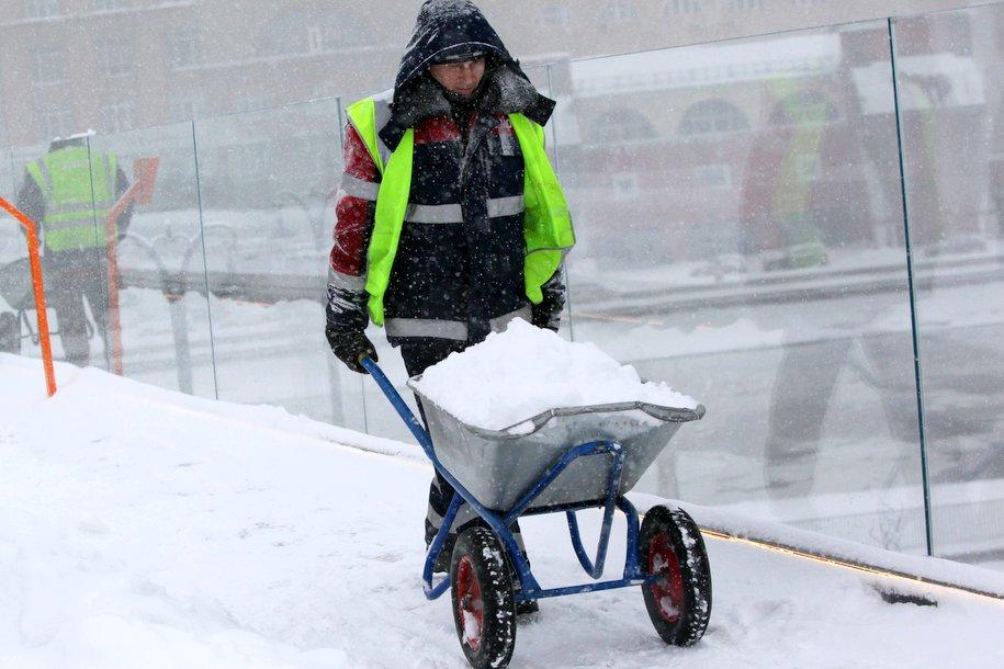Снегопад в столице будет идти до вечера