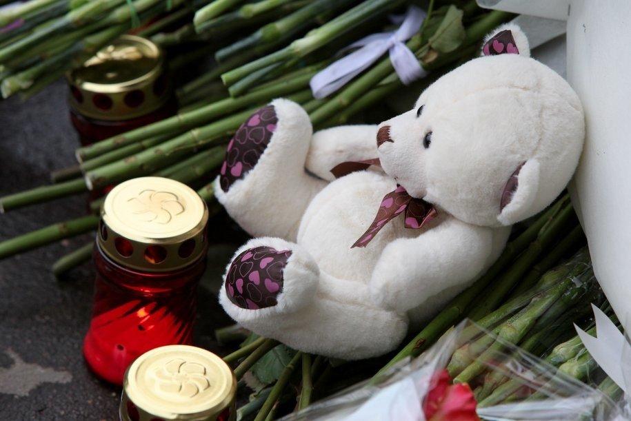 Сергей Собянин поручил организовать на Манежной площади место памяти и скорби по погибшим в Кемерово