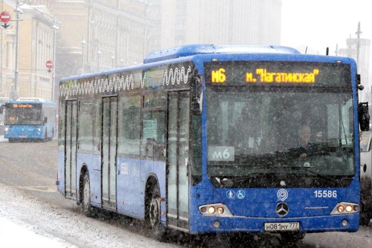 В конце апреля автобусы маршрута №908 станут бестурникетными