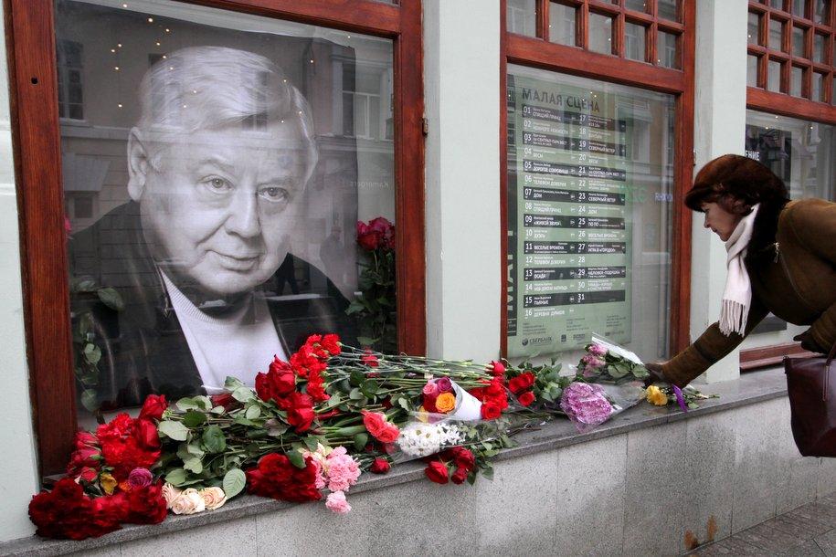 Олега Табакова похоронят рядом с Броневым и Зельдиным