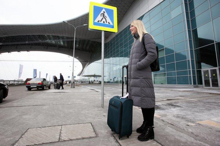 В столичных аэропортах отменено и задержано более 20 рейсов