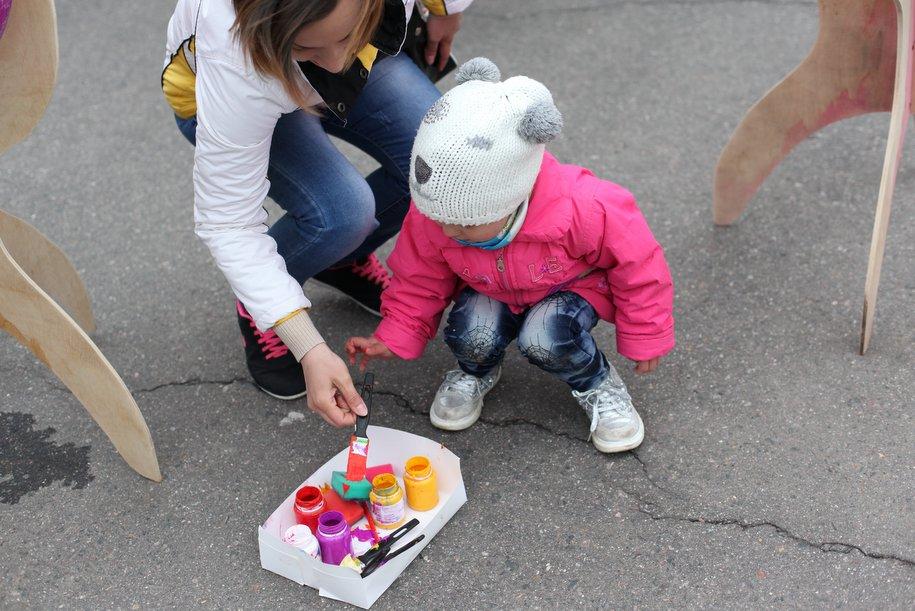 В Домодедово запустили арт-автобус с детскими рисунками о ПДД