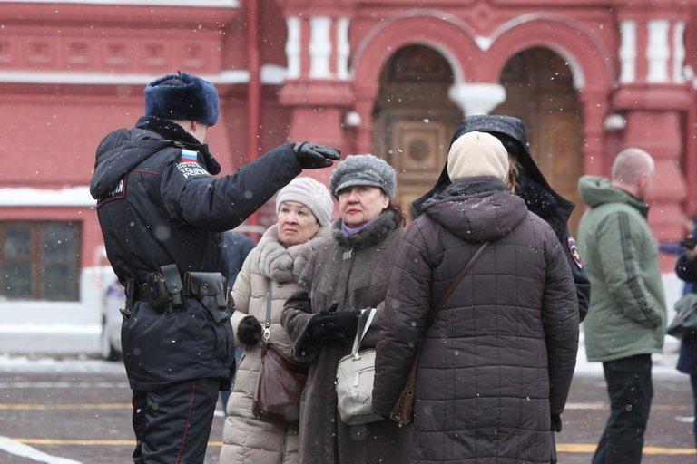 На Волгоградском проспекте сын ранил ножом родную мать