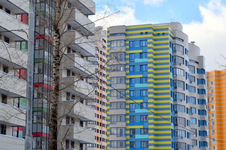 В районе Коньково начали строить дом по программе реновации