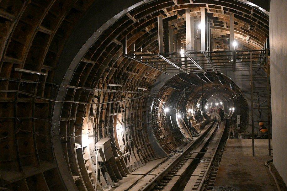 На новом участкесалатовой ветки завершается подготовка к открытию трех станций