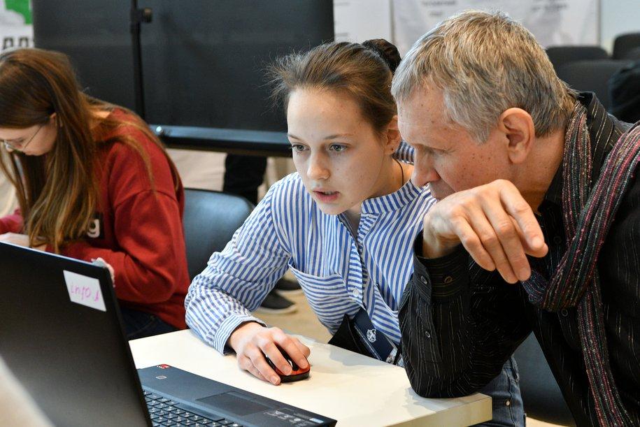Состоялся очный тур олимпиады для учителей информатики в Москве
