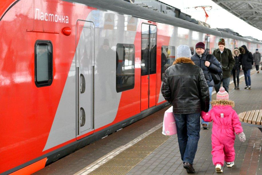 Более 10 млн пассажиров перевезли поезда МЦК в марте