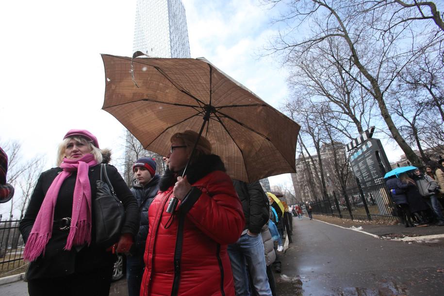 «Желтый» уровень опасности объявлен в столице из-за ветра