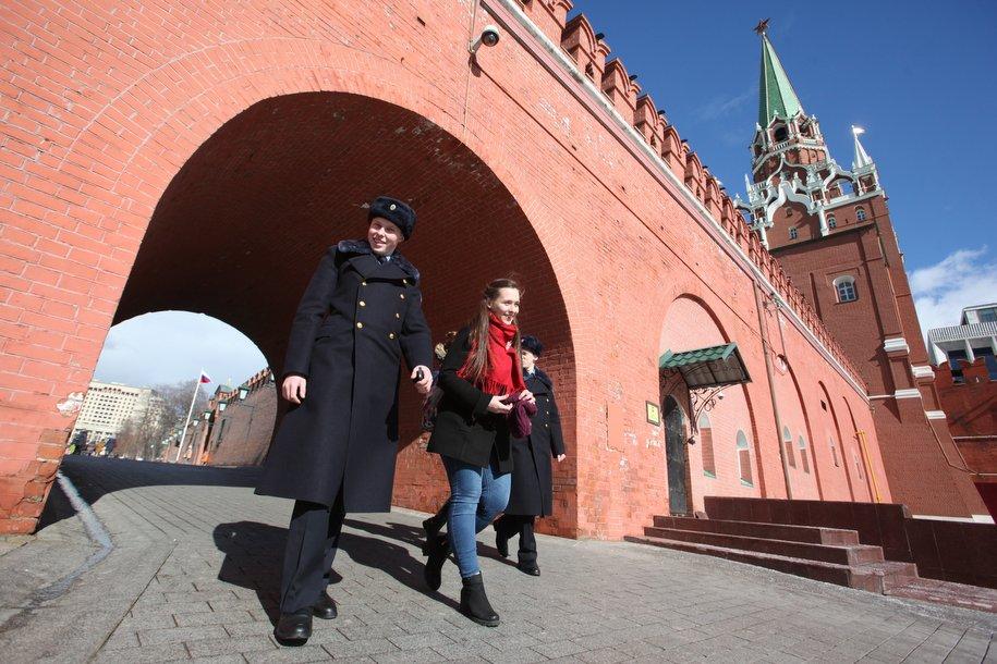 Музеи Кремля приостанавили продажу билетов