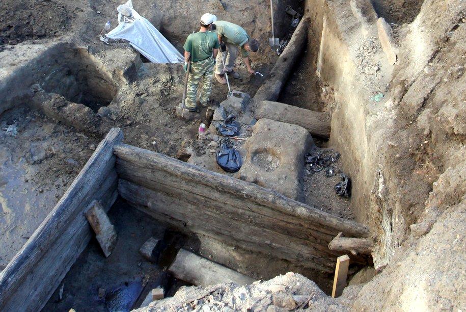 В Костянском переулке нашли клад XVII века