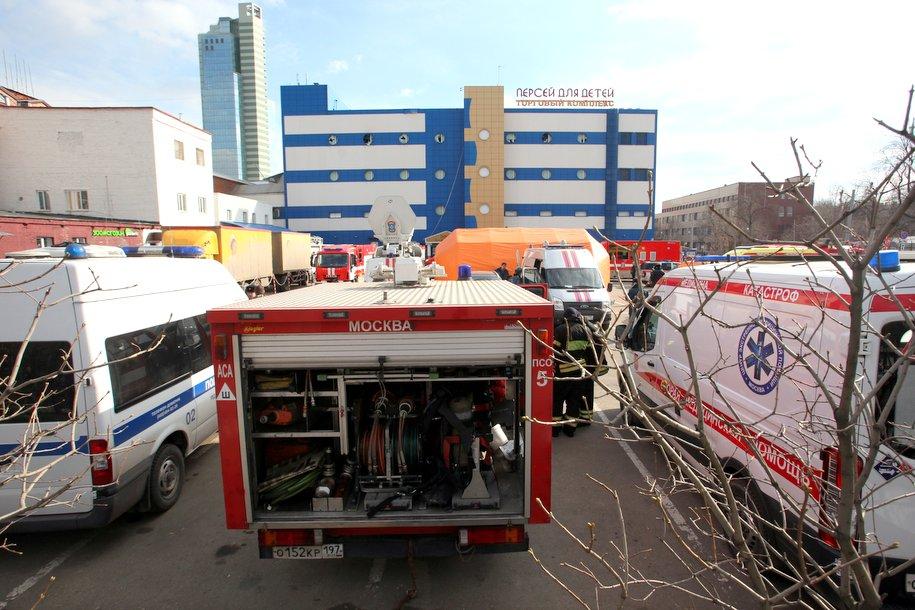 В результате пожара в ТЦ «Персей» погиб один человек