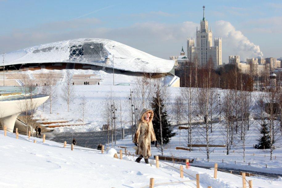 В парке «Зарядье» откроется уникальный павильон «Ледяная пещера» — Собянин
