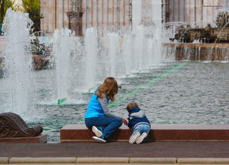 Реставрацию фонтанов на ВДНХ и в «Лужниках» завершат в ближайшее время