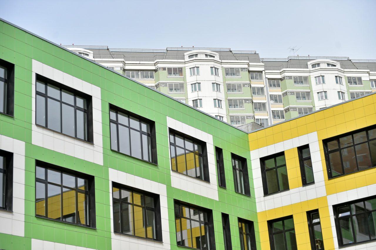 Учебный корпус и ФОК построят в Восточном Бирюлево по программе реновации