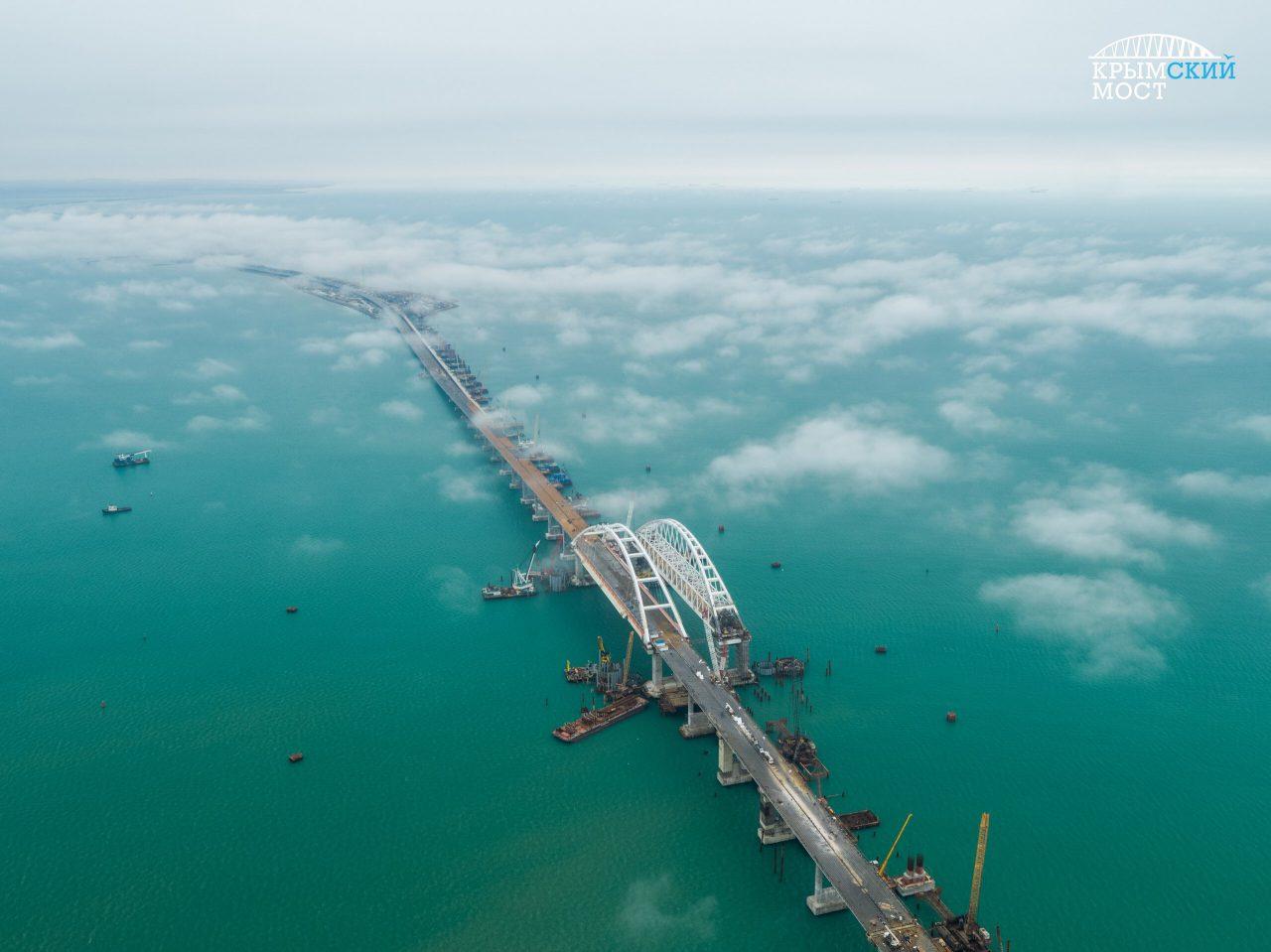 Владимир Путин открыл автомобильное движение по «Крымскому мосту»