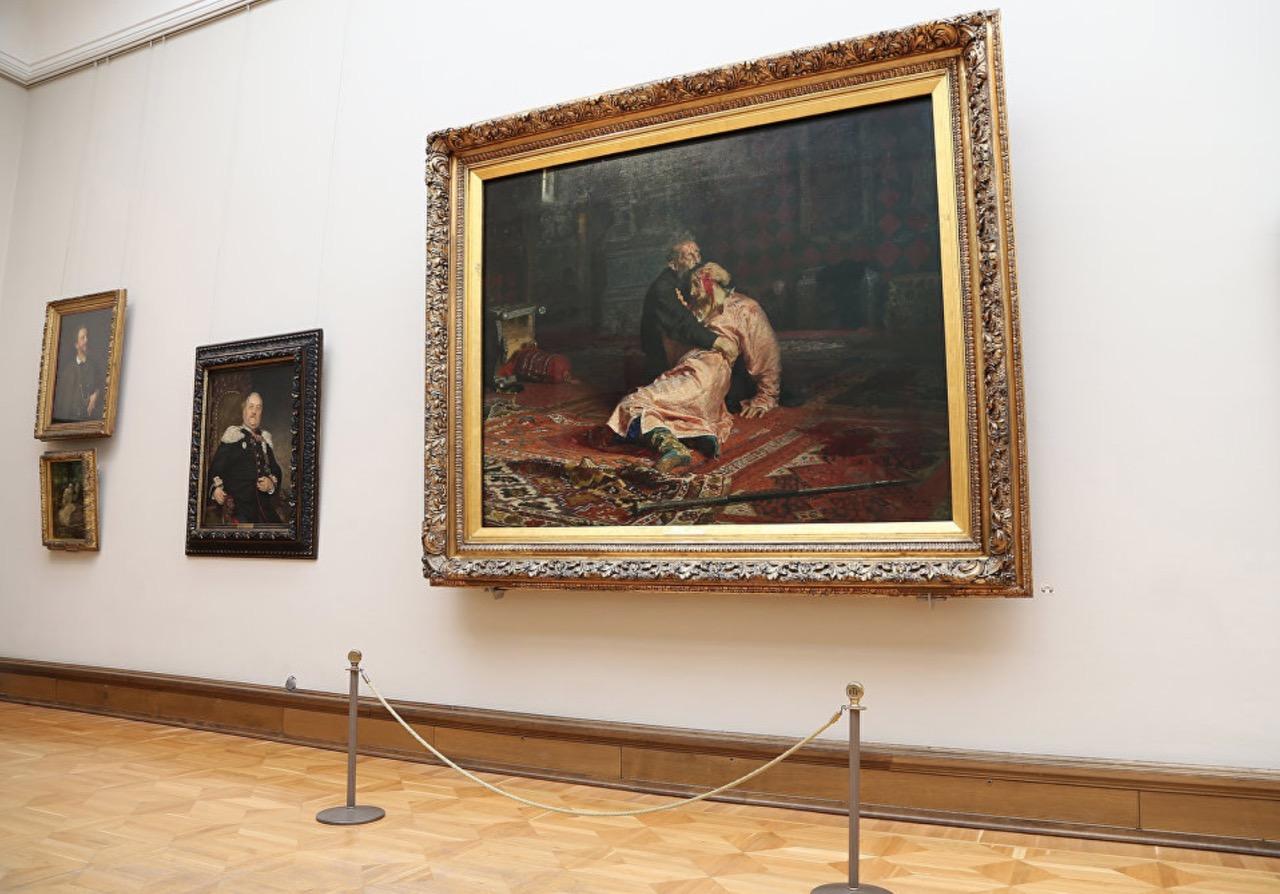 Появилось видео допроса вандала, который испортил картину в Третьяковской галерее
