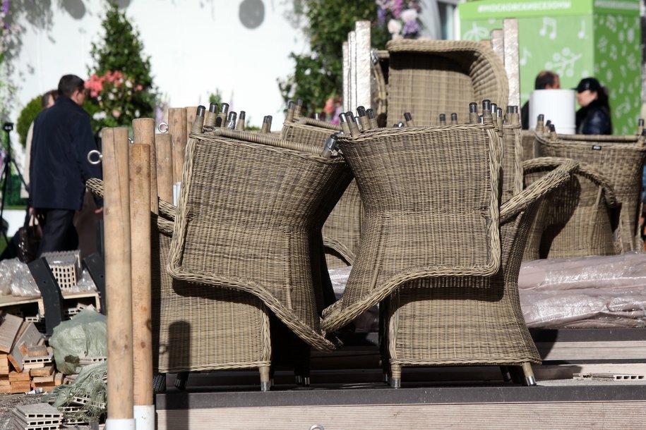 Рестораторов попросили приостановить работу летних веранд из-за непогоды
