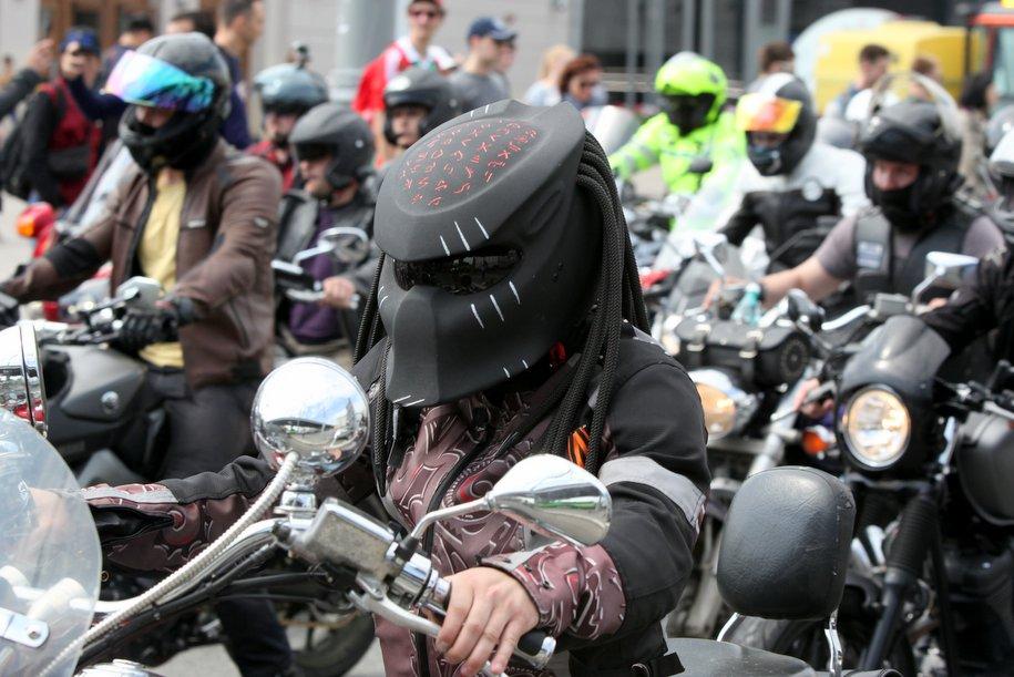 В столице проходит ежегодный парад мотоциклов