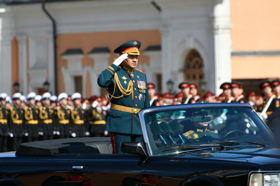 Парад Победы завершился на Красной площади