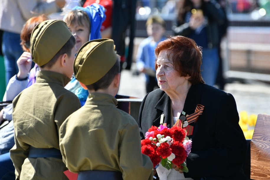 Более 2 млн человек отметили День Победы на Поклонной горе