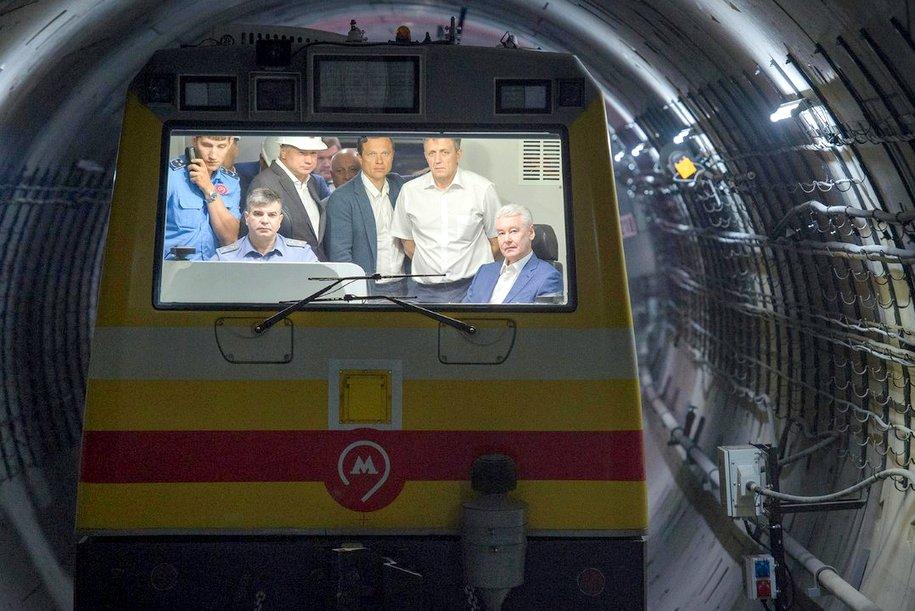 Мэр провел технический пуск метро на участке «Раменки» — «Рассказовка»