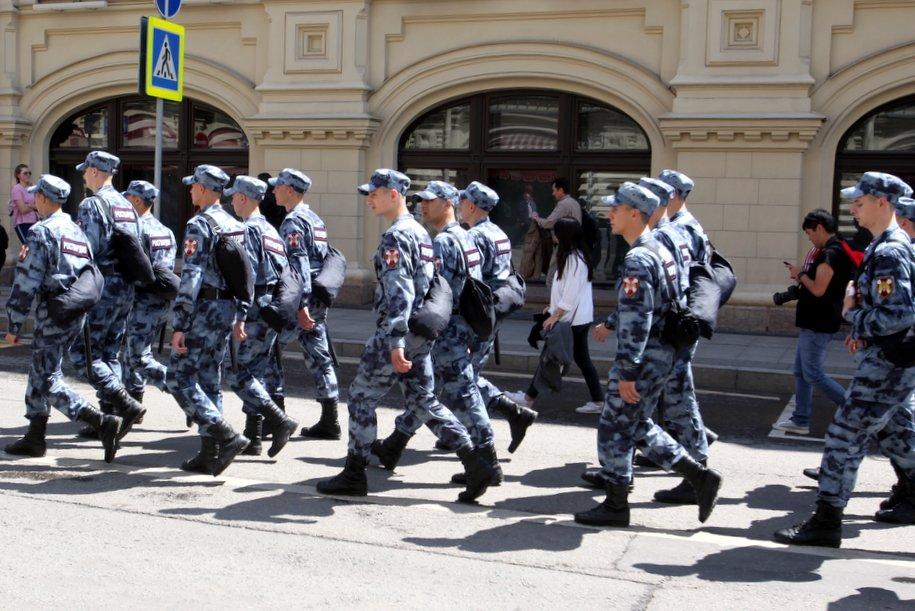 Безопасность выпускников в Парке Горького обеспечат более 800 сотрудников Росгвардии