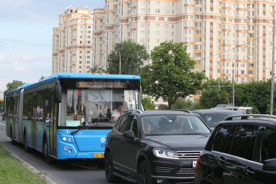 Бесплатные автобусные шаттлы развезут болельщиков со стадиона «Спартак»
