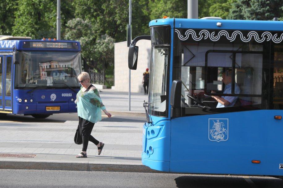 Автобусные экспресс-маршруты довезут болельщиков к стадиону «Спартак»