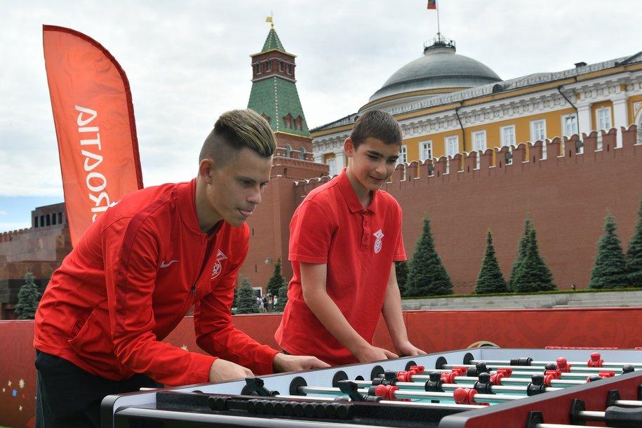 В Москве заработали бесплатные футбольные аттракционы для москвичей и гостей ЧМ-2018